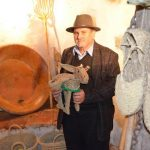 Exposición de artesanías de esparto en Alpandeire