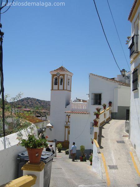 Torre iglesia parroquial de Ntra. Sra. de la Asunción de Almogía