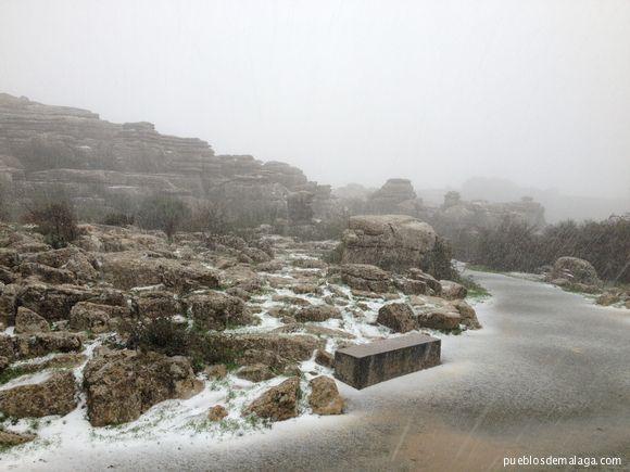 Nevando en El Torcal de Antequera