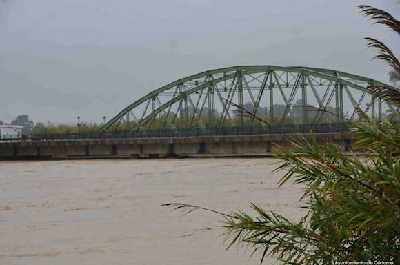 Desbordamiento del Guadalhorce en 2016, el agua llegó hasta el puente de Cartama