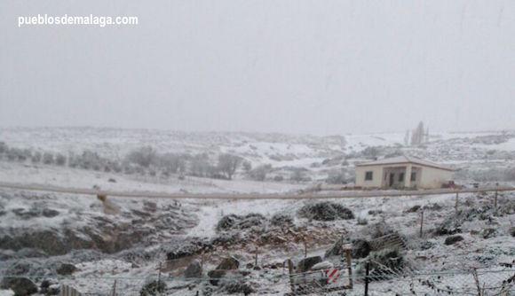 Nevada en la zona antequerana de La Higuera, cerca del torcal de Antequera y Villanueva de la Concepción