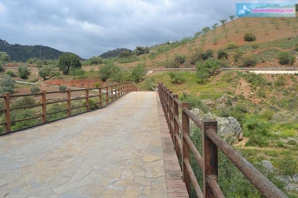 Calzada del Puente Romano de Almogía