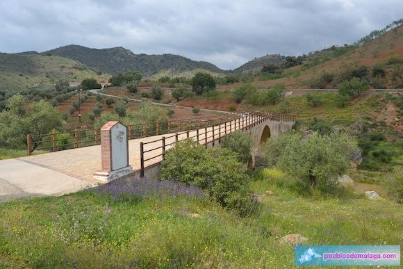 """Puente romano """"Las Palomas"""" en Almogía"""