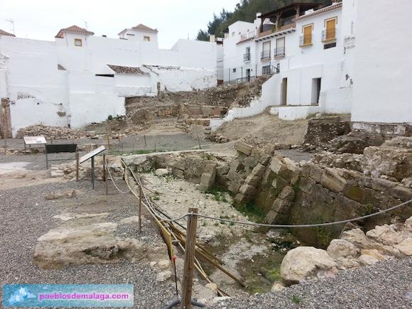 Yacimiento arqueológico de la Plaza de la Constitución de Cártama