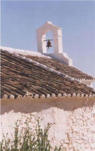 """Ermita de Jeva situada al sur del """"El Torcal de Antequera"""" y La Higuera, La Joya, y Villanueva de la Concepción"""