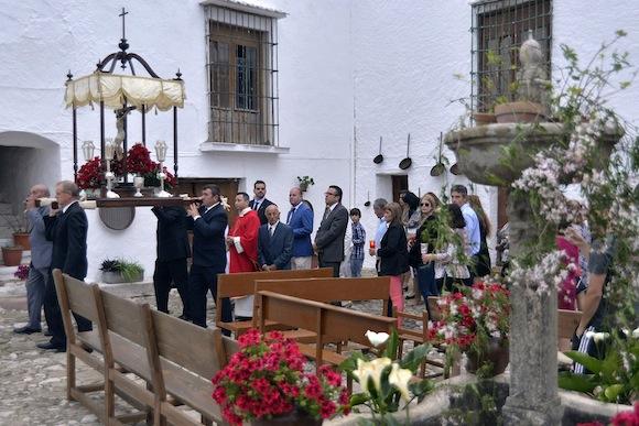Fiesta de la Cruz en Villanueva de Cauche