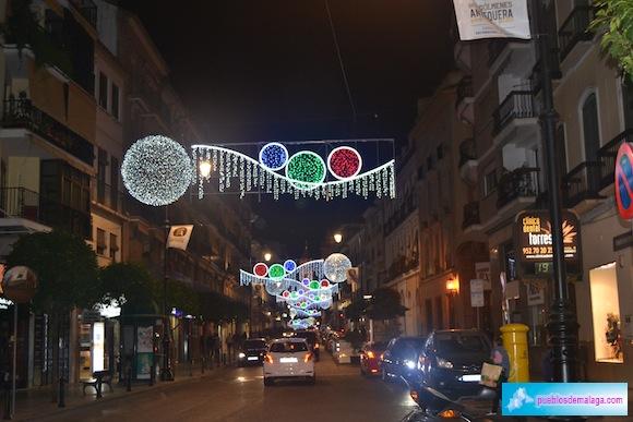 Alumbrado navideño en la calle Tercia
