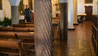 Columnas toscanas, con bóvedas de arista de la capilla de la Virgen de Gracia