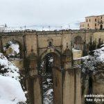 Puente del Tajo de Ronda cubierto de nieve