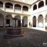 Patio del Monasterio de San Zoilo, actual Biblioteca de Antequera