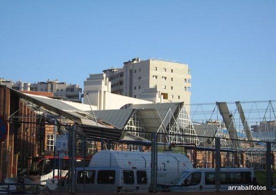 Efectos del tornado en la Estación de Autobuses de Málaga